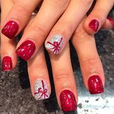 festive nail art designs for christmas trend to wear