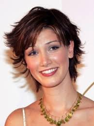 1980s short wavy hairstyles cute 80s short formal hairstyles for triangle faces shape women