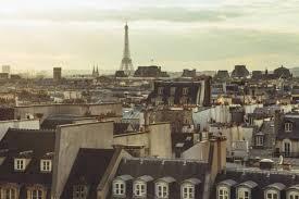 chambres de bonnes le parc immobilier des chambres de bonne parisiennes intéresse