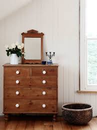 Bedroom Dresser With Mirror by Best 25 Pine Dresser Ideas On Pinterest Pine Bedroom Welsh