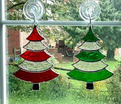 stained glass christmas tree suncatcher red and green glass