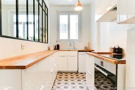 cuisine semi ouverte dans cette cuisine semi ouverte du carrelage imitation carreaux de