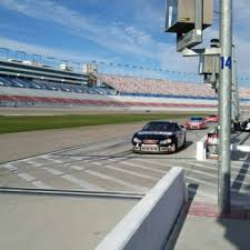 driving experience richard petty driving experience 44 photos 44 reviews