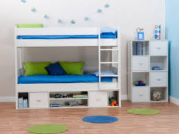 Bunk Beds For Three Rooms To Go Bunk Beds For Boys Home Design Ideas