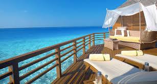 chambre sur pilotis maldives hôtel baros malé maldives koming up