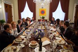 president barack u0026 first lady michelle host passover seder at the