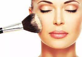 professional makeup courses which is the best makeup academy offering to learn professional