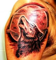 wolf howling at the moon wolf tattoos
