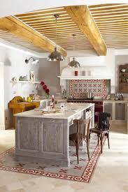 decoration provencale pour cuisine cuisine optez pour une décoration provençale
