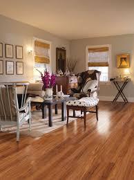 laminate flooring price per square foot