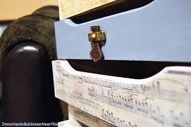 12 varias formas de hacer tiradores leroy merlin cajonera decorada con partituras