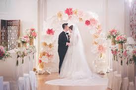 wedding backdrop hong kong hyvis tong hong kong wedding big day the helena may maggie calvin