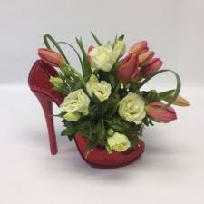 flower delivery pittsburgh sophisticated tulips in finleyville pa finleyville flower shop