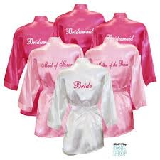 bridesmaid satin robes set of 11 personalized satin robes with title on back bridesmaid