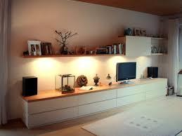 Wohnzimmer Japanisch Einrichten Funvit Com Weisse Möbel Dunkler Boden