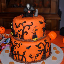 Halloween Birthday Cakes Pictures by 13 Spooktacular Halloween Cakes