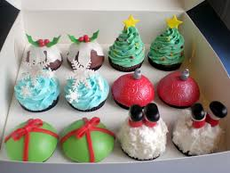 20 best christmas cakes cupcakes images on pinterest christmas
