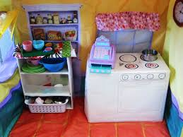 crafty mom play kitchen made from diaper boxes