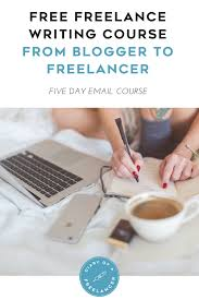the free freelance writing course from blogger to freelancer
