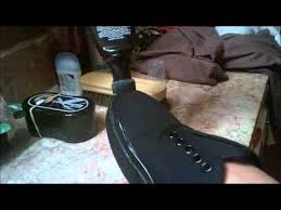 How To Wash Bright Colors - how to clean black vans and restore the color no bullshit youtube