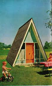 small a frame house ten cool tiny houses shelters treehouses and houseboats