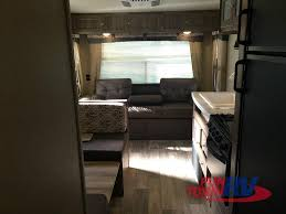 palomino puma xle travel trailers lite on weight big on fun