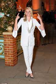 jodie kidd suits up in white and silver blazer for tree lighting