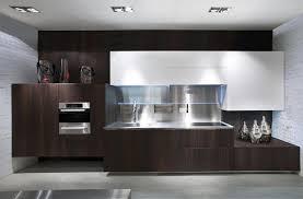 cuisine minimaliste design cuisine design luxe ilot de cuisine au design en himacs meuble de