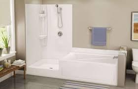 vasca e doccia insieme prezzi vasca e doccia combinate pi vasche foto 28 40 design mag con bagni