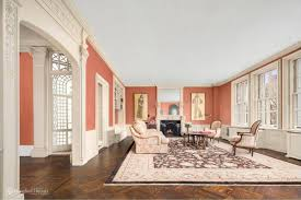 iconic portrait artist aaron shikler u0027s stunning uws apartment