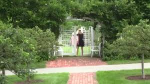 video style guru carolyne roehm u0027s gardens at weatherstone in
