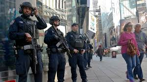 marc thanksgiving schedule police boost security at thanksgiving day parade amid isis threats
