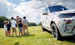 land rover discovery drawing 2017 land rover discovery gets wrapped in children u0027s drawings
