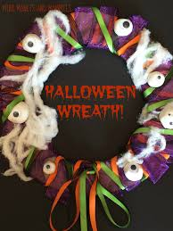 mini monets and mommies kids u0027 halloween wreath craft