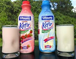 lifeway black friday strawberry kefir pancakes with lifeway kefir smoothies