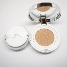 the review air cushion compact by iope u2013 soko glam