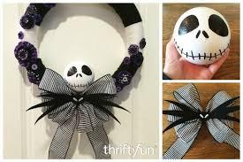 nightmare before christmas ribbon a nightmare before christmas yarn wreath thriftyfun