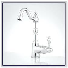remove moen kitchen faucet moen kitchen faucet installation out kitchen faucet leaking single