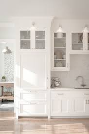 Glass For Kitchen Cabinet Simons Hardware Traditional Kitchen Remodelling Ideas New York
