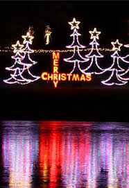 christmas light tours wichita ks 30 great places to see holiday lights midwest living