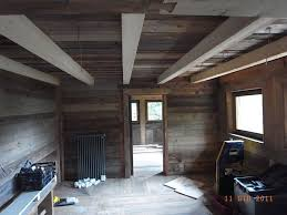 rivestimenti interni in legno rivestimento soffitto finto legno per costruzione controsoffitto