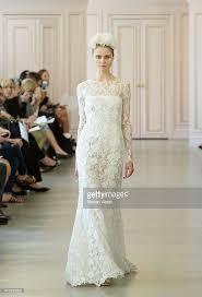 oscar de la renta brautkleid oscar de la renta bridal summer 2016 runway show photos and