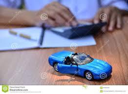 Financiering Het Bedrijfsconcept Autoverzekering Verkoopt Of Koopt Auto Auto