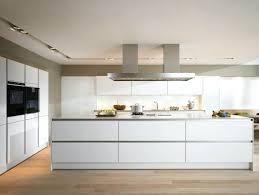cuisine contemporaine blanche et bois cuisine moderne blanche credence pour cuisine blanche 11 cuisine