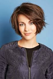 hairstyles for thick hair and heart face 25 short hairstyles for heart shaped faces heart shaped face