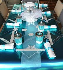Baby Shower Table - pretty winter baby shower ideas