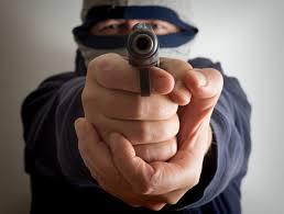 bureau de tabac toulouse toulouse un homme cagoulé braque un bureau de tabac vole la caisse
