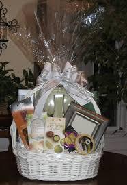 wedding gift baskets wedding gift basket gifting well