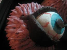chef tess bakeresse halloween monster eyeball cupcakes