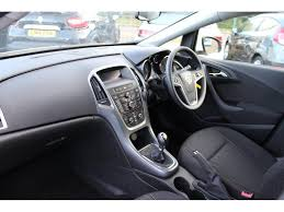 used vauxhall astra hatchback 1 6 cdti ecoflex design hatchback